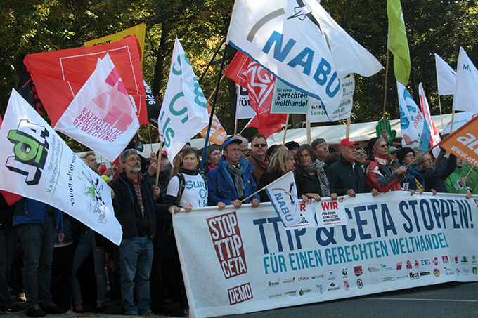 Anti-TTIP-Demo in Berlin. - Foto: Belinda Bindig